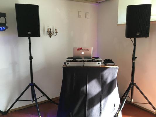 Hochzeits DJ im Schloss