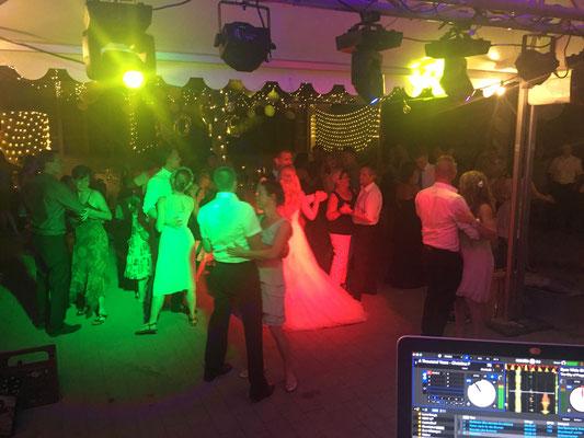 Hochzeitsfeier mit DJ in Schorndorf