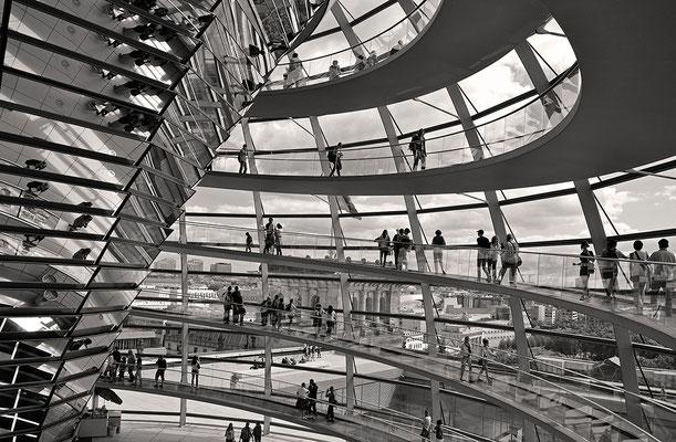 Transparenz - Reichstag in Berlin
