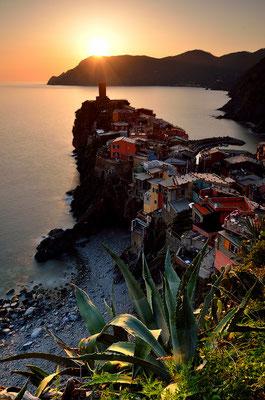 Sunset - Vernazza - Cinque Terre - Ligurien (NEU)