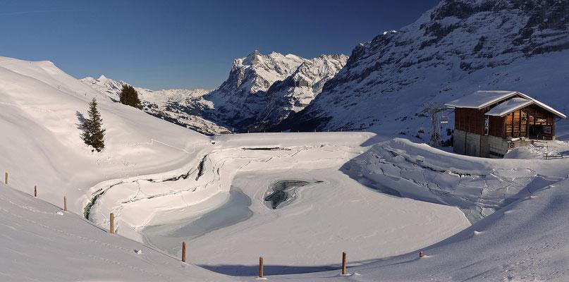 Berner Oberland - Blick in Richtung Wetterhorn über Grindelwald - SCHWEIZ