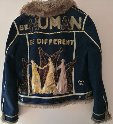 """Winter-Jeansjacke, Modell 27 """"be human - be different"""""""