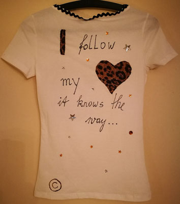 "Shirt, ""I follow my heart - it knows the way"", Gr. S"