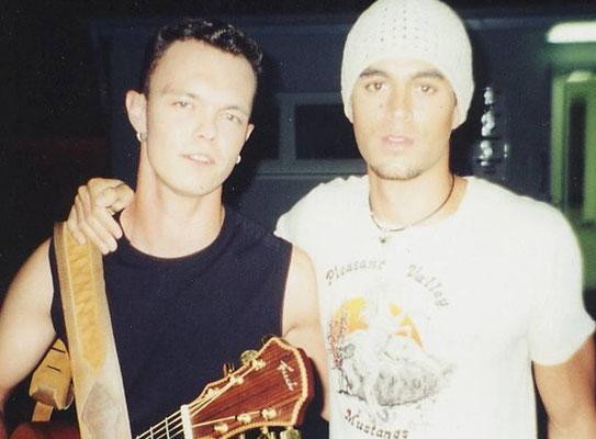 Damian mit Enrique Iglesias bei VIVA Comet 2006
