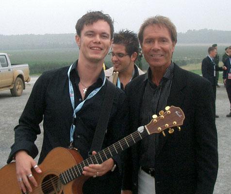 Damian - Weltkirchentag in Köln mit Cliff Richard