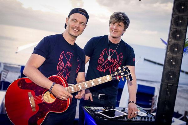 DJ und Liveband