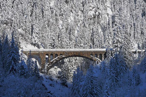 Il ponte Wäldlitobel della ferrovia dell'Arlberg a Klösterle oggi.
