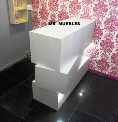 Mueble Recepción asimétrica