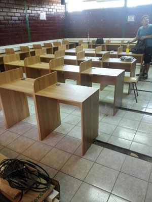 Sala de computacion colegio
