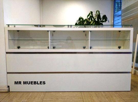 Mueble Recepción exhibidor Los Andes2