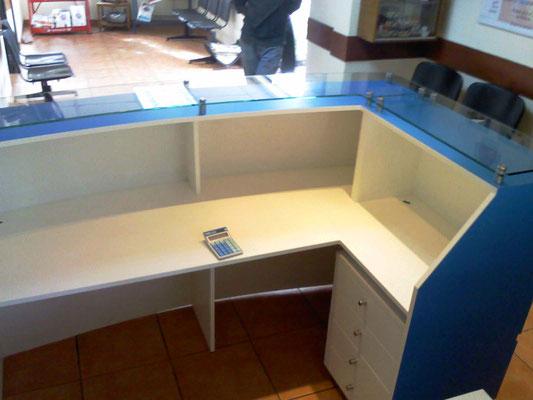 Mueble Recepción Bau3