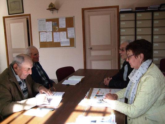 La réunion commence en présence de Jacqueline Picart, Maire déléguée de La Chapelle-Monthodon