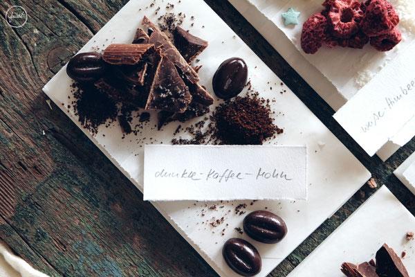 Variationen für Selbstgemachte Schokoladentafeln - Dunkle Schokolade mit Kaffee und Mohn