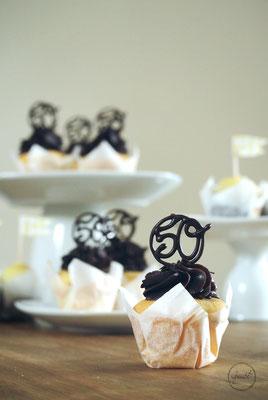 Vanille Cupcakes mit Schokoladen Ganache und Schoko Cheesecake Cupcakes