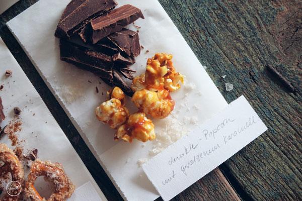 Variationen für Selbstgemachte Schokoladentafeln - Dunkle Schokolade mit gesalzenem Karamell Popcorn
