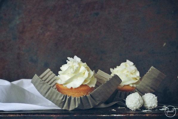 Lisas Weiße Schokoladen Kokos Cupcakes