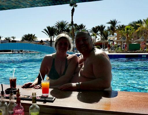 """Giftun Azur Resort"" - 2019 - an der Poolbar"