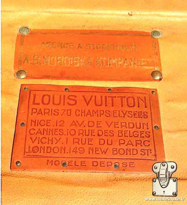 old Louis Vuitton trunk label champs elysée