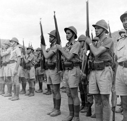 Armée française libre en Nouvelle Calédonie 1942 - photo LIFE