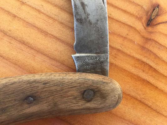 cas couteau datant datant d'une vierge de 29 ans