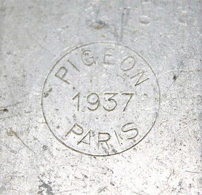Quart modele 1935 Pigeon