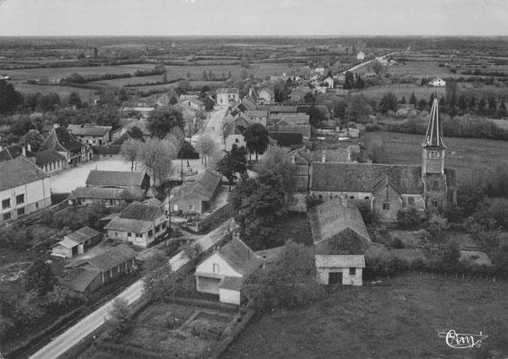 L'église de Montpont-en-Bresse dans les années 1930/1940