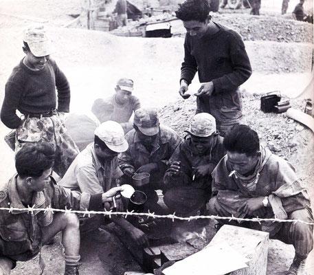 Autochtones du 8 BPC en Indochine, à Dien Bien Phu