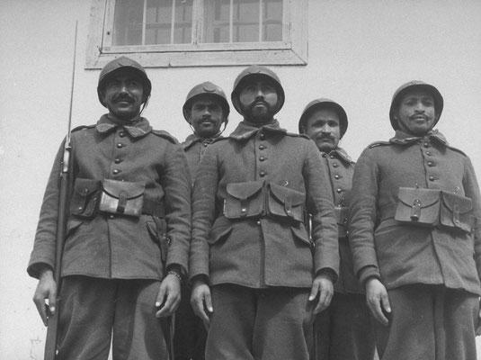Forces françaises en Syrie 1940 - photo LIFE