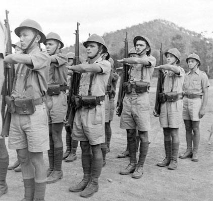 Armée française en Nouvelle Calédonie 1942 - photo LIFE