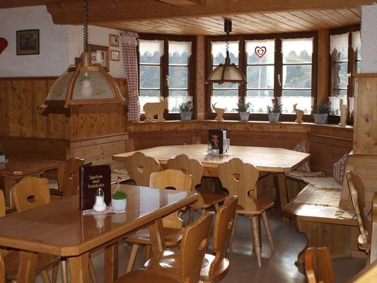 Gaststube Kemptner Hütte - © Fotoarchiv Familie Braxmair