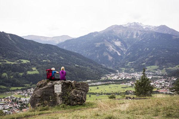 Inntal mit der Stadt Landeck und Zams / © Bildarchiv Tirol West - Fotograf Daniel Zangerl