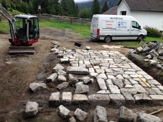 Steinpflasters nach Kundenwunsch mit 3to Bagger in Mallnitz Obervellach