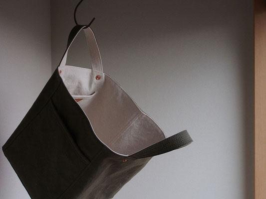 京都のバッグメーカー 革や帆布製のかばん・小物 キャンバスバッグ トートバッグ(オリーブドラブ/ミルク)