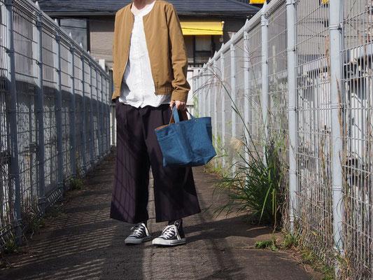 京都のバッグメーカー 革や帆布製のかばん・小物 キャンバスバッグ トートバッグ(ブルー/キャメル)