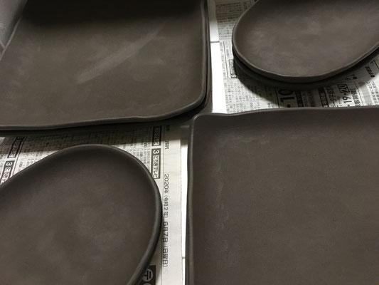 正方皿と楕円皿