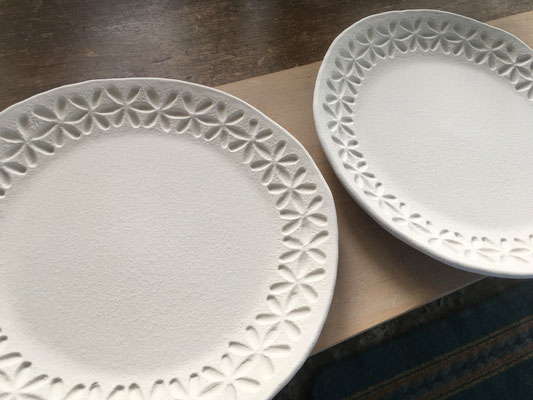 大きめの取皿2種。