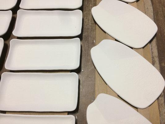 長方皿、プレート皿の表面