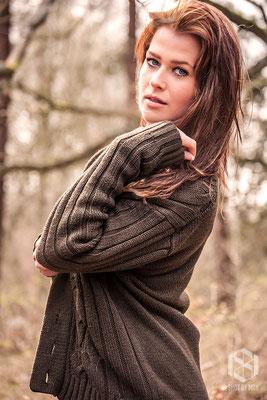 Lovely Mariska