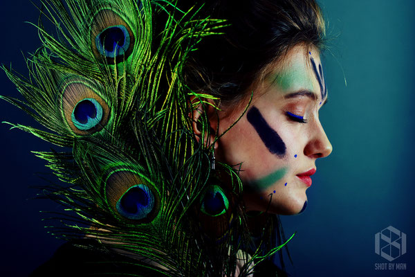 Lady Peacock/ Make up and hair by Sara Conesa llorente / https://www.makeup101.nl/