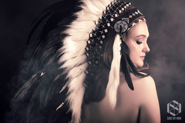 The chieftess/ Make up and hair by Sara Conesa llorente / https://www.makeup101.nl/