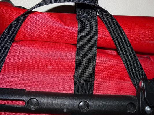 Altes Backpacker-Modell mit verlängertem Querriemen