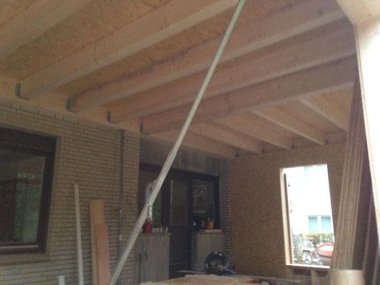 Massive Bauweise mt Holz