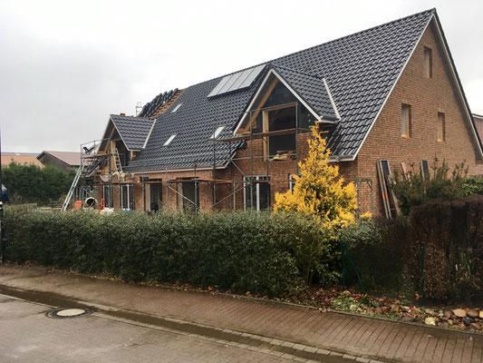 Dachdeckung mit Solaranlage