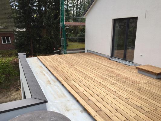 Holz-Dachterrasse