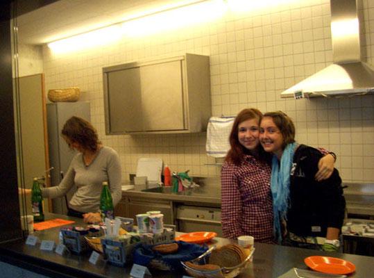 Vanessa und Kathrin haben sich (immer noch) sehr lieb!
