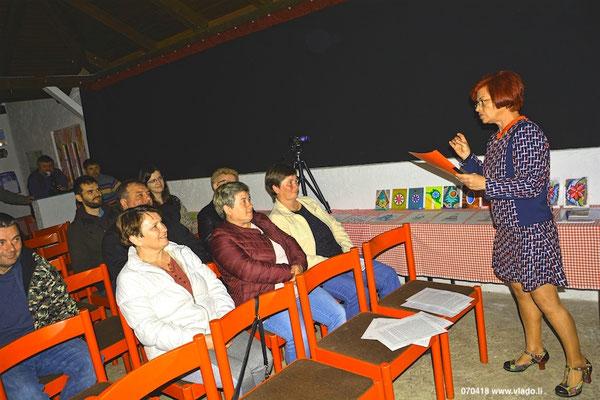 Rajka Poljak Franjevic čita svoj DNEVNI Z ITALIJE