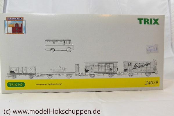 """Trix 24029 H0 Güterwagen-Set """"Schiffsausrüstung""""/ """"Tor zur Welt""""   2"""