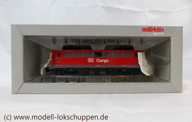 Güterzuglokomotive BR 140 / E 40 der DB AG / DB / Märklin 37401     3
