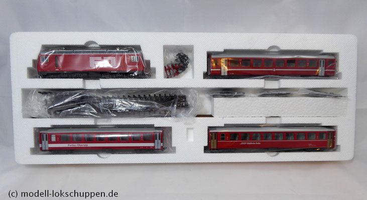 Bemo 7262 200 - HGe 4/4 II - Nr. 107 - Grimsel + 3 Personenwagen - FO - BVZ - RhB - H0m_2