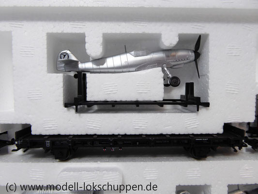 Märklin 45097 Wagen-Set - 6 Flachwagen und 1 Güterzug-BegleitwagenDRG Flugzeug-Transport Me 109    5